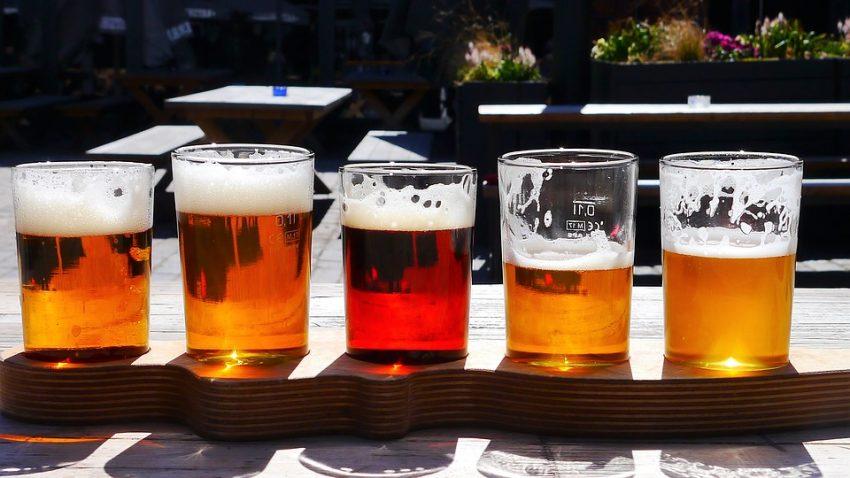Er der nogle ølelskere derude? I dag skal det handle omølbrygning udstyr, og hvordan du laver den bedste øl derhjemme.
